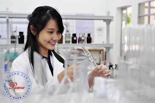 Sinh viên năm 2 Cao đẳng Dược có được thực tập ở quầy thuốc?