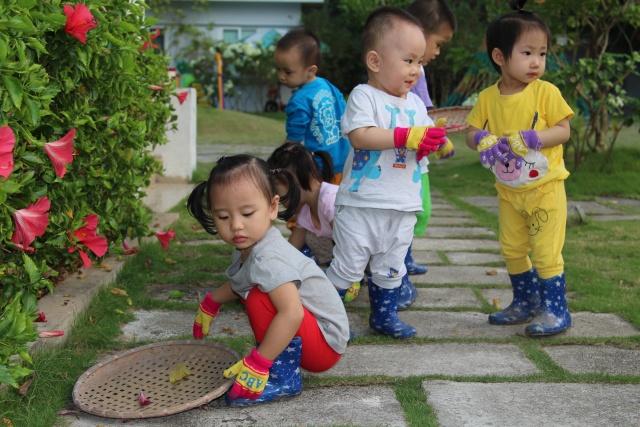Vì sao trẻ em ngày càng thiếu kỹ năng sống?