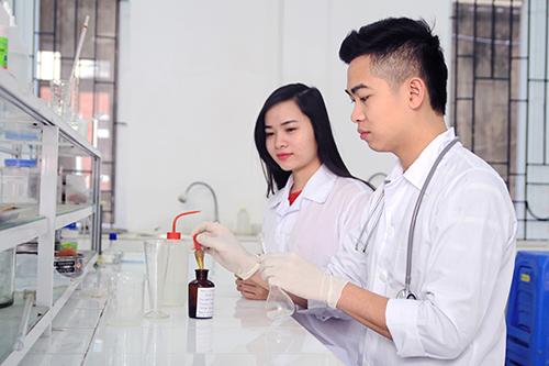 Tiêu chí chọn môi trường đào tạo Cao đẳng Dược uy tín, chất lượng để theo học