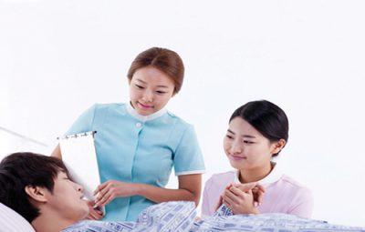 Vai trò quan trọng không thể thiếu của người Điều dưỡng viên
