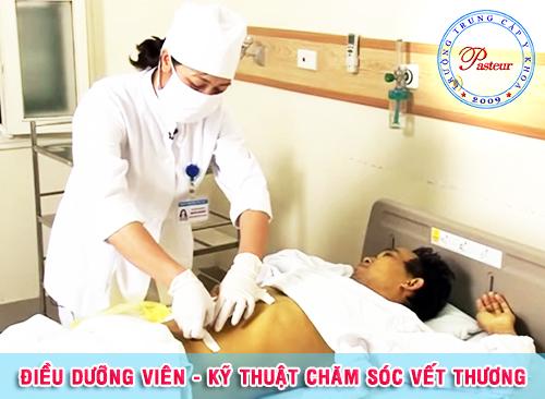 dieu-duong-vien-ky-thuat-cham-soc-vet-thuong