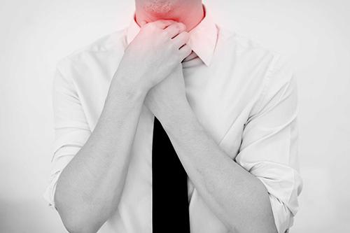 Dược sĩ VB2 Cao đẳng Dược cho biết triệu chứng của bệnh ung thư mũi họng
