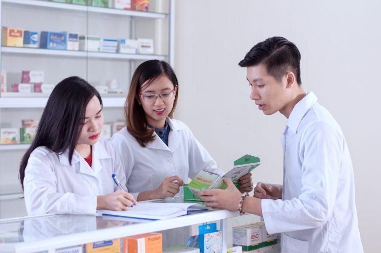 Cơ hội việc làm ngành Dược trong tương lai rộng mở