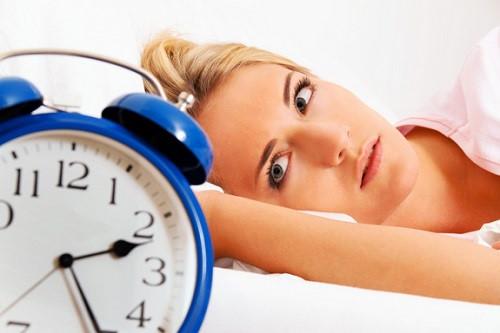 Mách bạn 3 món ăn đơn giản chữa mất ngủ hiệu quả