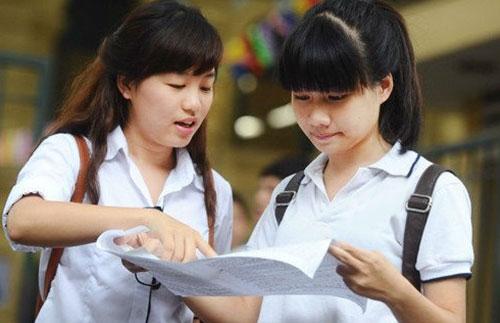 Thí sinh cần có điểm trung bình các môn thi THPT Quốc gia từ 5,0 điểm trở lên để xét tốt nghiệp