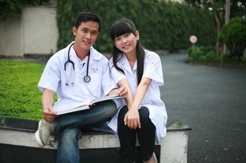 Bạn sẽ tự hào khi yêu cô gái ngành Điều dưỡng